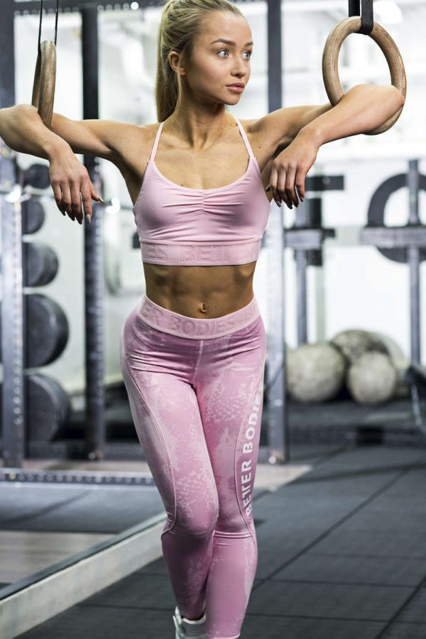 NEW - BETTER BODIES CHELSEA SPORTS BRA - PALE PINK