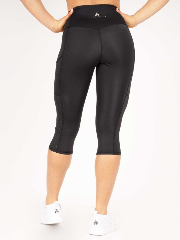 NEW - RYDERWEAR FLEX CAPRI LEGGINGS - BLACK